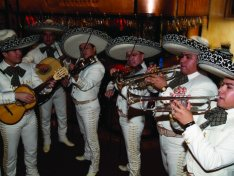 Mariachi band at Mi Pueblo Sarasota